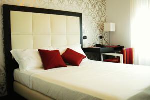 Hotel La Torretta | Hotel vicino a Rho Fiera